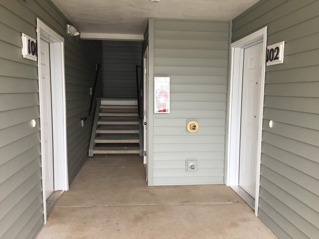 entryway building b