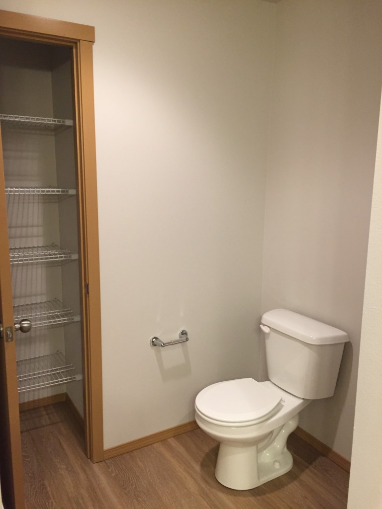 E- 2 bedroom toilet